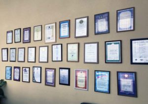 награды и сертификаты компании UTON