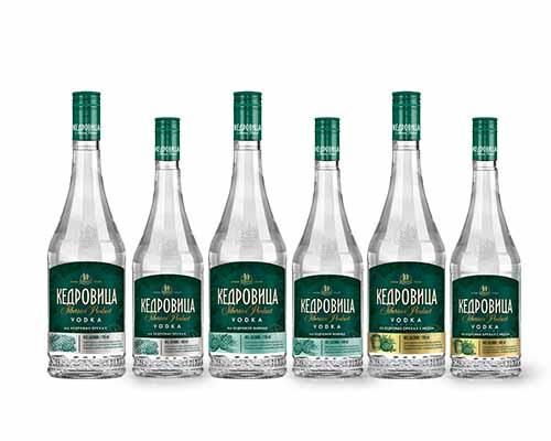 этикетка для алкогольного напитка кедровица